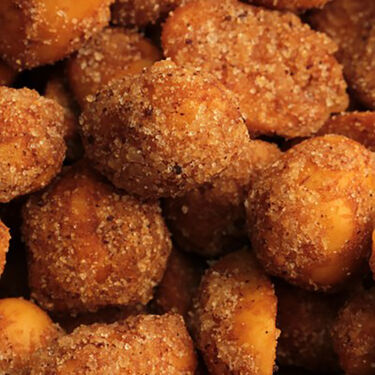 The Peanut Roaster Hot Honeys- Honey Roasted Chipotle Peanuts, 20oz Can