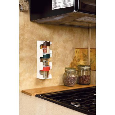 Spice Rack with 3 Jars of Spices