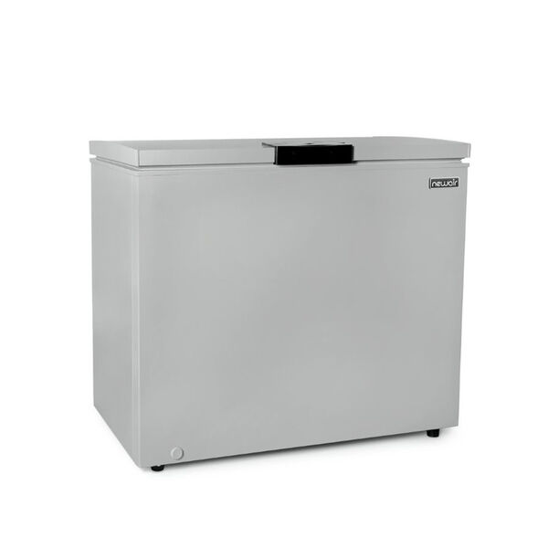 NewAir 6.7 cu. ft. Compact Chest Freezer, White