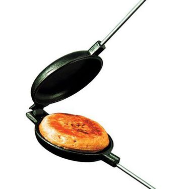 Rome Cast Iron Round Pie Iron