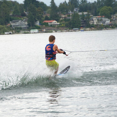 Connelly Prodigy Waterskis With Double Shadow Bindings